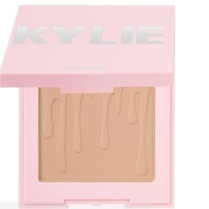 Kylie Jenner Bronze Matte Pressed Bronzing Powder